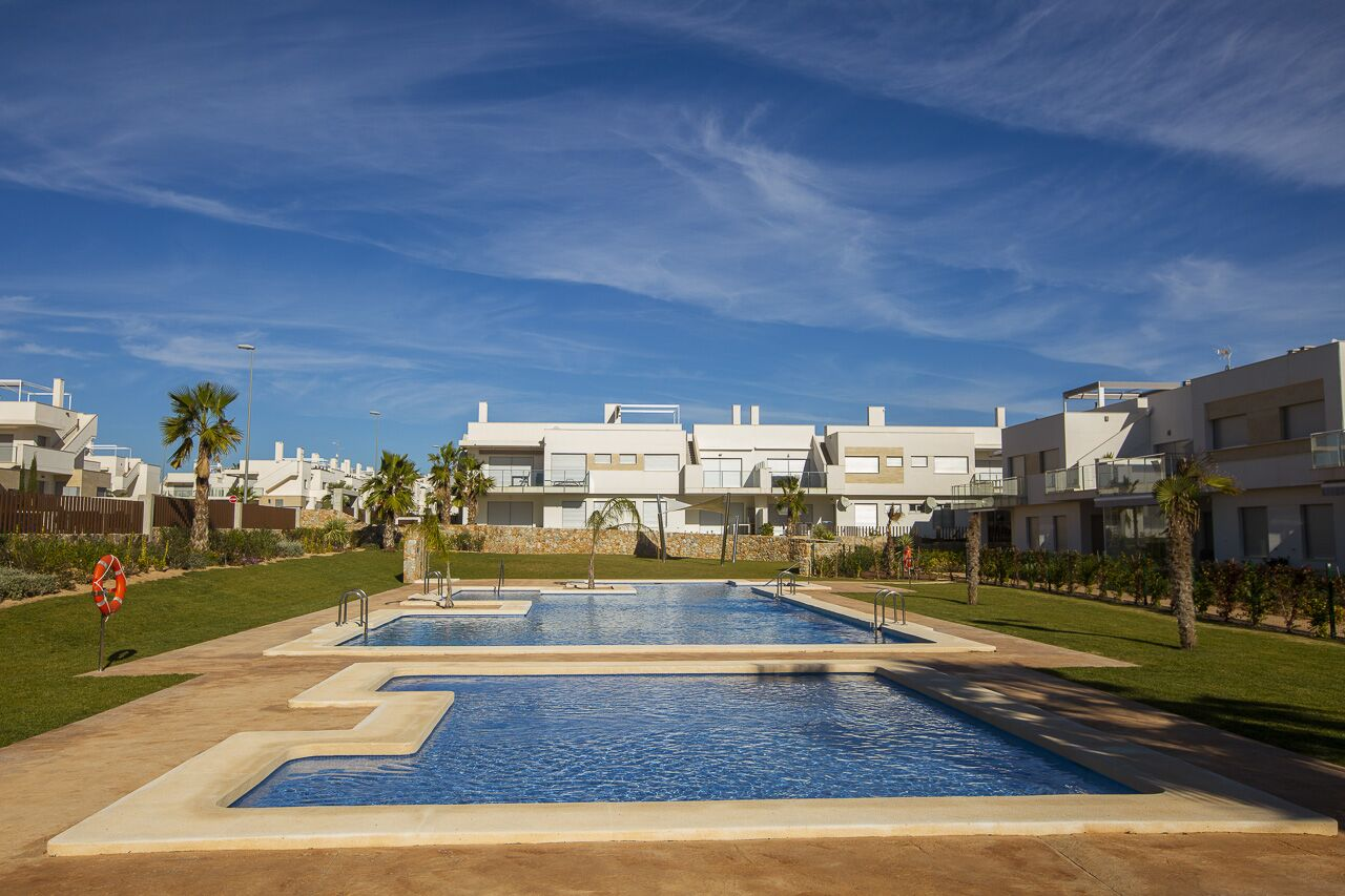 Residencial Capri – Golf Bungalows located in south Alicante