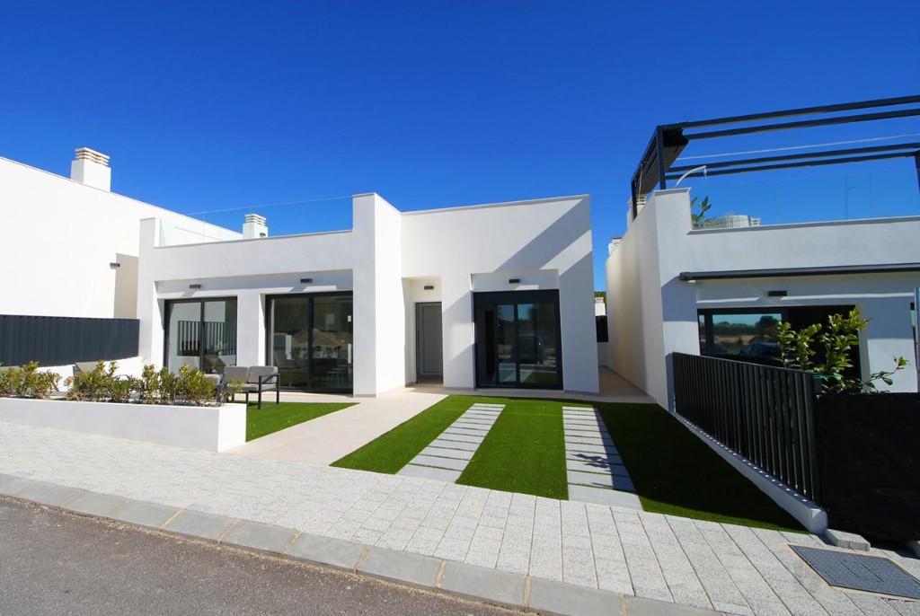 Detached semi-detached villas located within Lo Romero Golf Resort