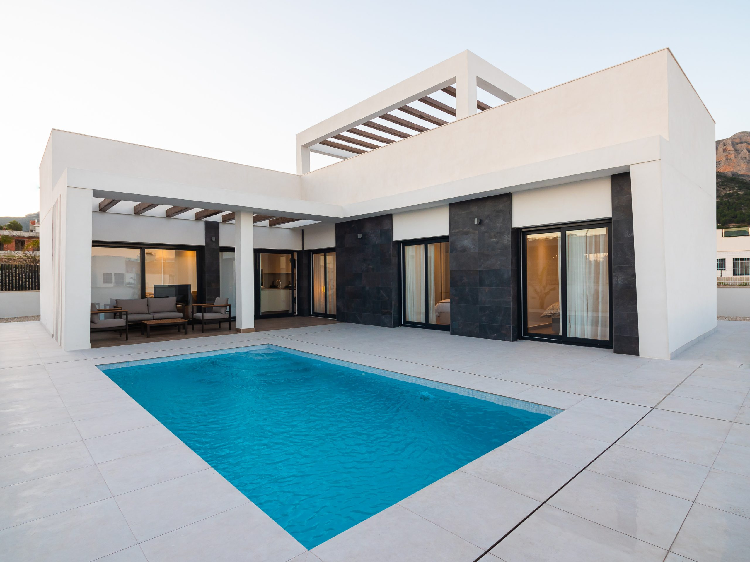 Modern new villa with pool in Polop close to Villaitana 5* Golf resort