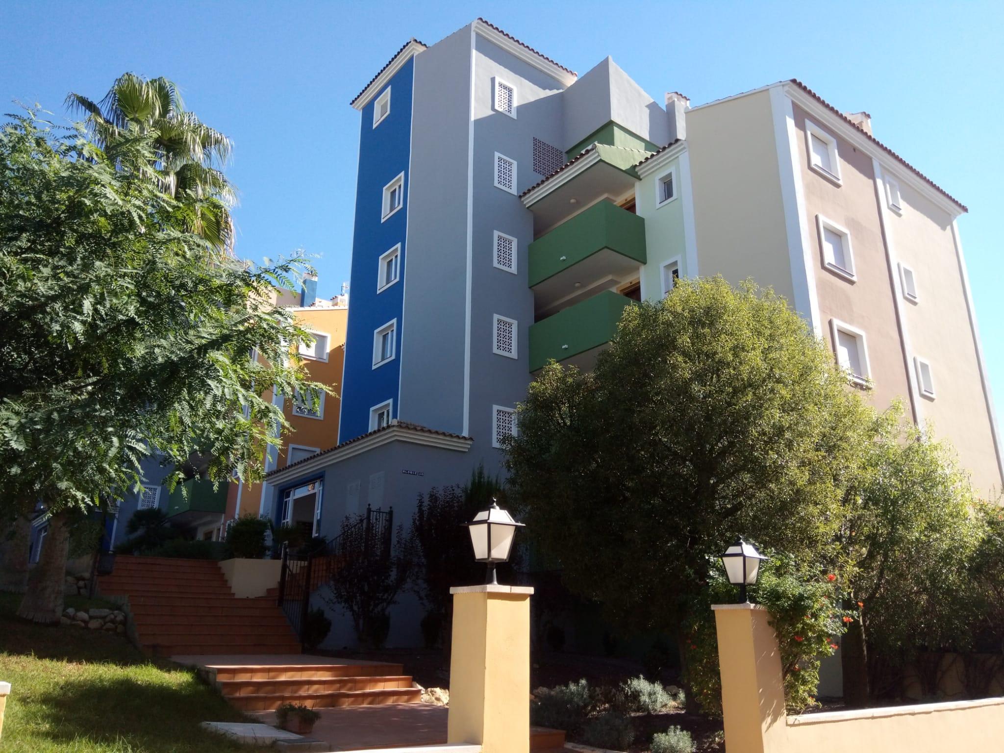 2 bedroom apartment for sale on Bonalba Golf Resort – only 88,000
