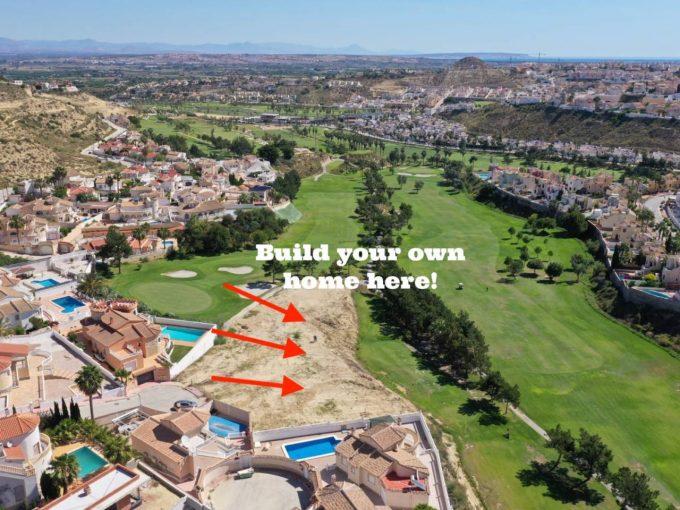 Frontline plot on La Marquesa Golf Club, Alicante