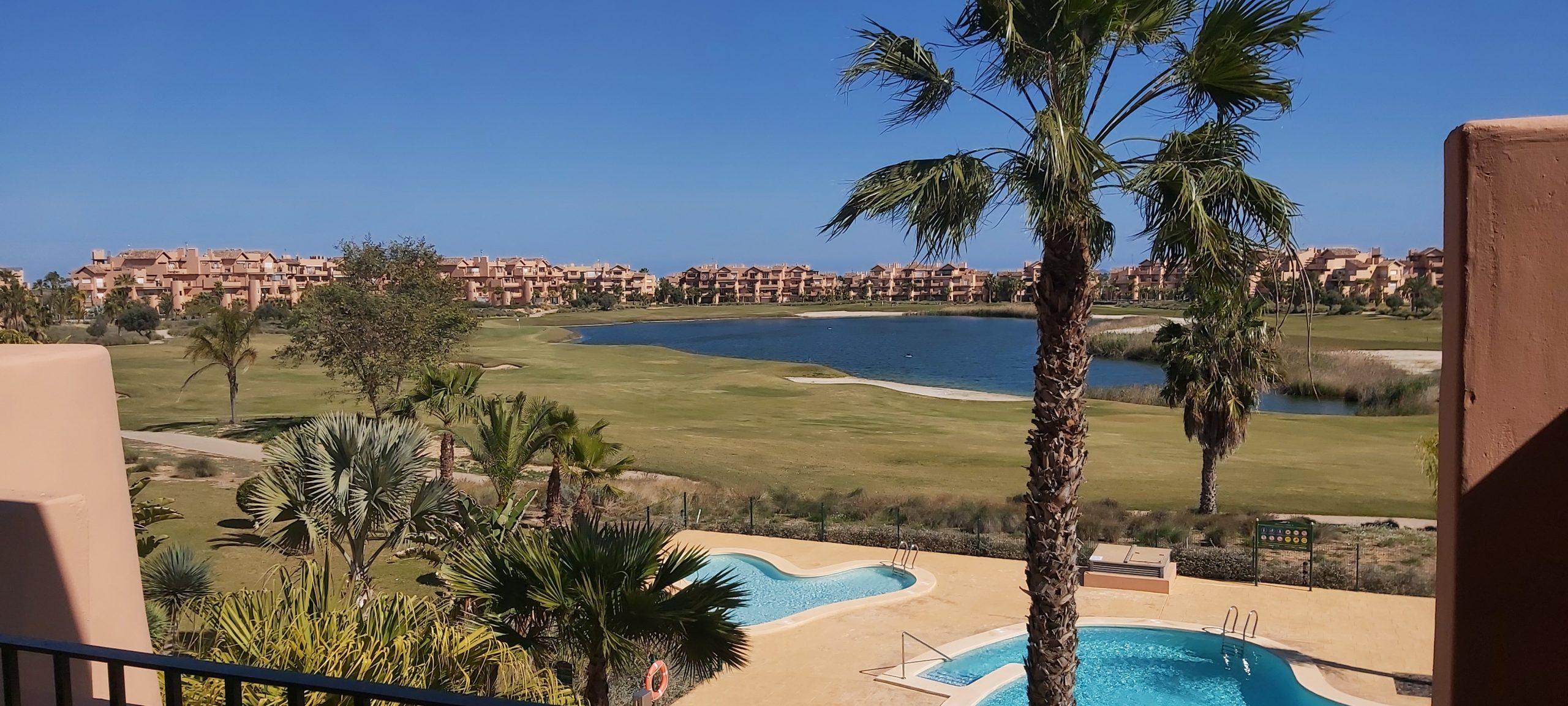 Bargain frontline golf 2 bedroom apartment on Mar Menor Golf Resort, Murcia