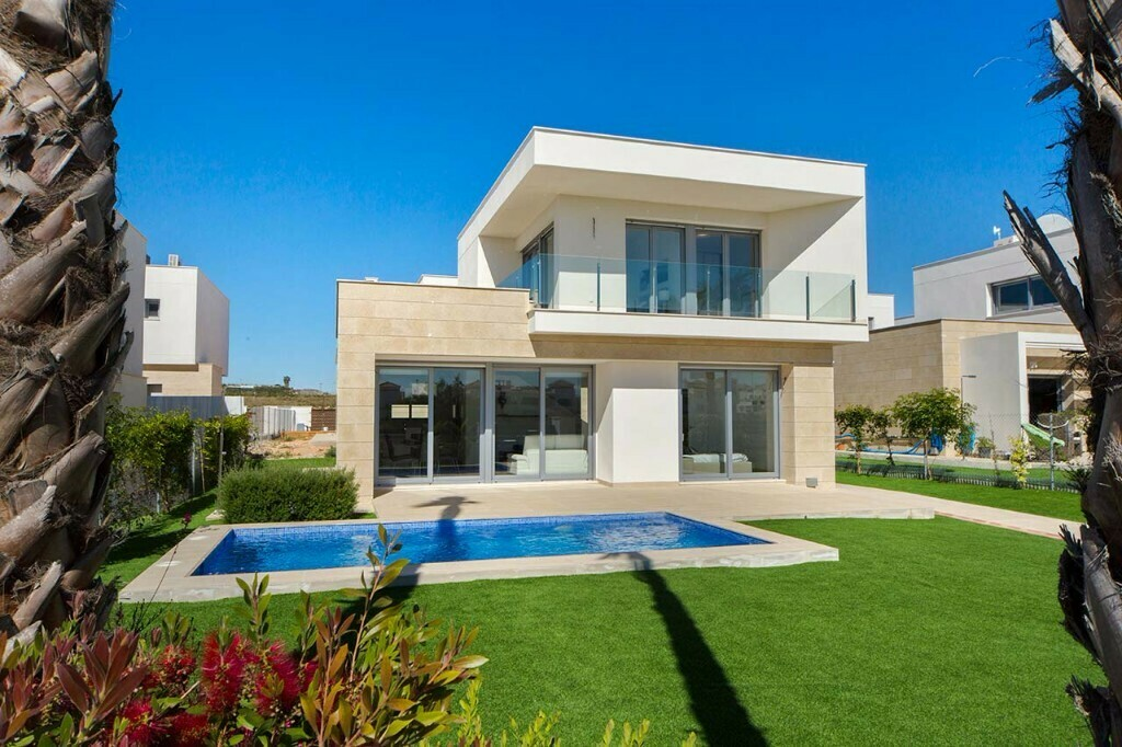 """NEW """"Malibu"""" 3 bedroom Villas with pool for sale within Vistabella Golf Resort"""